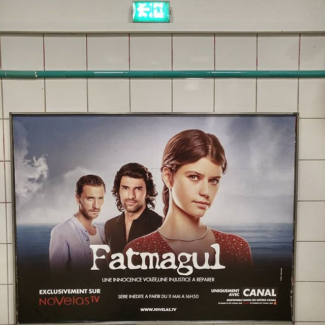 Turkish Drama Queen .........#VuALaPub #publicite #publicité #poster #advertisement #advert #fatmagul #fatmagül #fatmagülünsuçune #fatmagulunsucune #series #television #drama #turkey #türkiye #turkishserie
