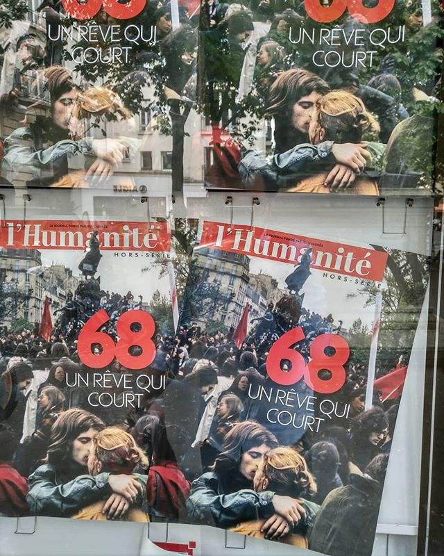« 68, un rêve qui court »Ce n'était donc qu'un rêve... 🤕.........#lhumanité #publicite #publicité #amour #presse #press #frontcover #une #couverture #media #anarchy #anarchie #alliance #dream #soutien #occupation #tousensemble #peuple #people #display #hope #espoir #beautifulparis #streetsofparis #parisjetaime #thisisparis #couplesgoals #couple #lovers #lamourcourtlesrues