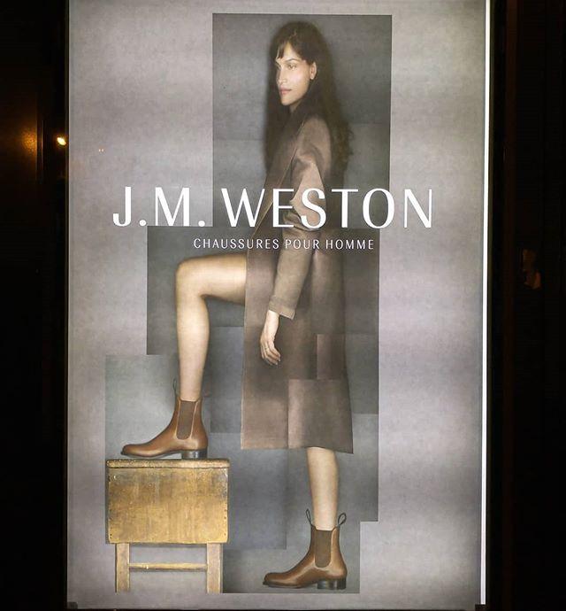 « Chaussures pour homme » — ah bon, c'est un homme ? Pas évident, mon cher Weston