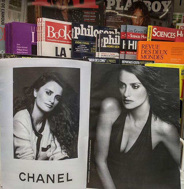Oh encore du Chanel pour Noël ! Cache ta joie...